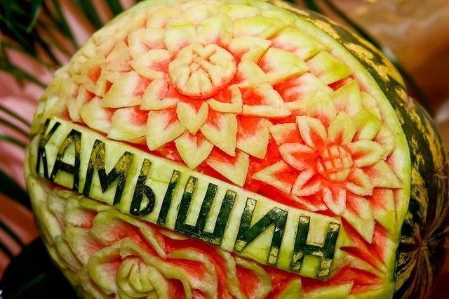 Выставка арбузов